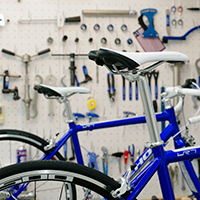 学生寮に自転車整備専用の工房ができます!